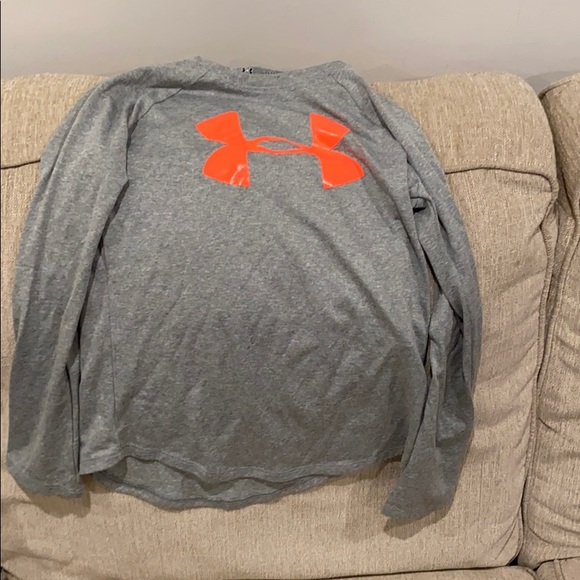 Under Armour Other - Girls Under Amour long sleeve shirt
